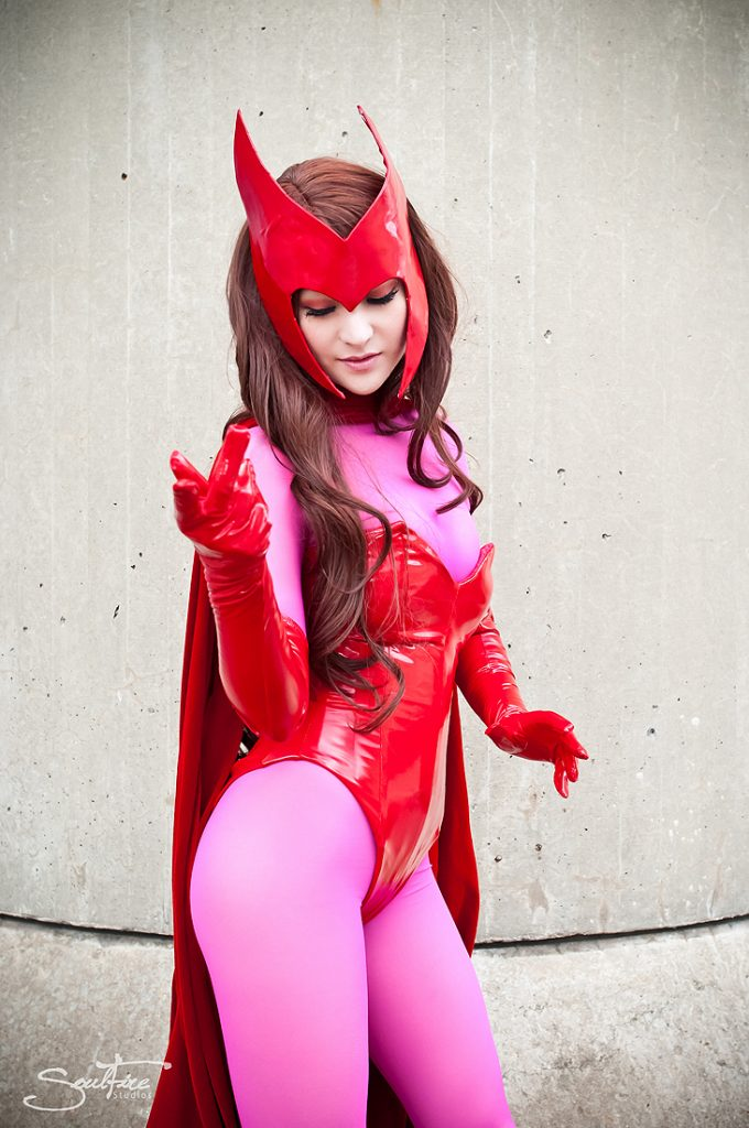ScarletWitchCosplay02 680x1024 Scarlet Witch Cosplay
