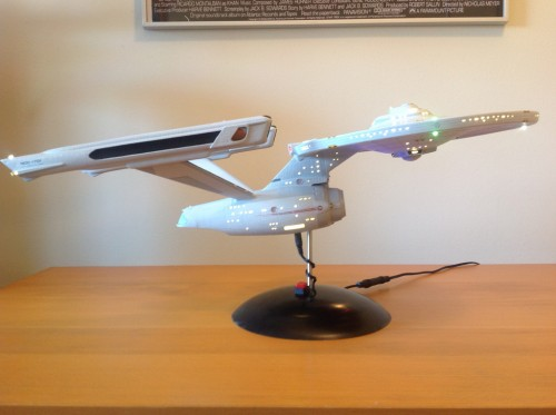 12391655853 85c051aca6 b 500x373 Building a 1:537 scale USS Enterprise NCC 1701   a set on Flickr