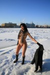 dark-hair-nude-snow-3