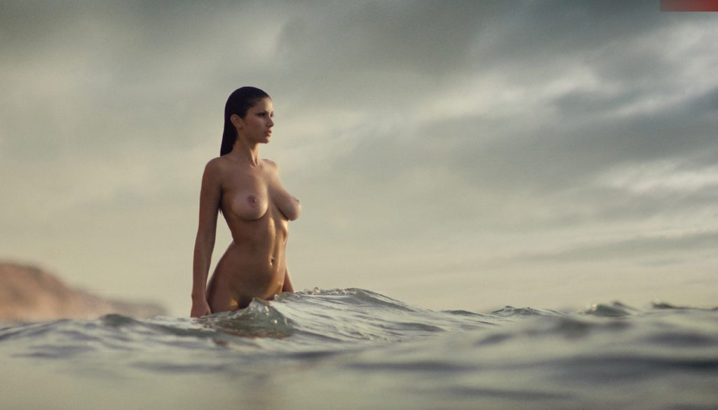 Chinese Woman Poses Nude