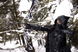 Dragonage Archer Cosplay in the snow